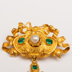 Georgian 18k Gold and Emerald Suite of Jewelry
