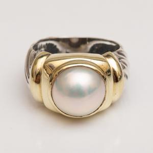 David Yurman Sterling Silver, 14k Gold and Mobe Pearl Ring
