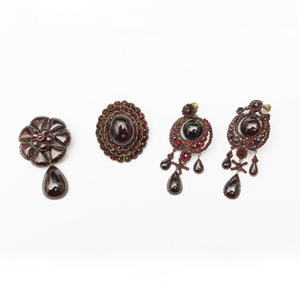 Victorian Suite of Garnet and Metal Jewelry