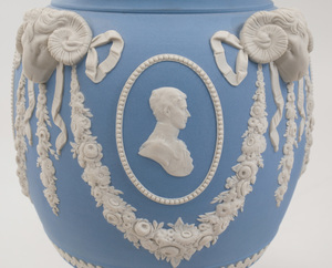 Pair of Charles and Diana Royal Wedding Wedgwood Jasperware Potpourri Vases and Covers