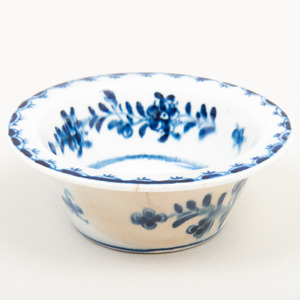 Lowestoft Blue and White Porcelain Patty Pan