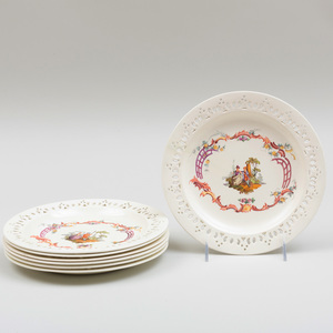 Set of Seven Wedgwood Creamware Plates with Reticulated Rims