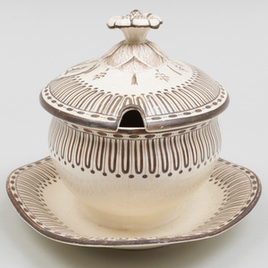 Wedgwood Creamware Armorial Sauce Tureen and Cover on Fixed Stand