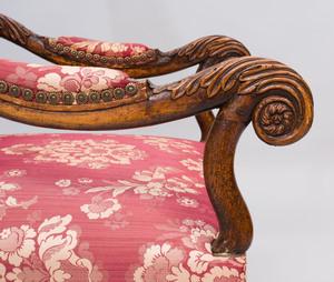 Régence Provincial Style Walnut Fauteuil à la Reine