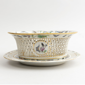 Chinese Export Canton Famille Rose Porcelain Pierced Basket and Stand