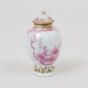 Chinese Export Puce Decorated Porcelain Tea Caddy and Cover Decorated with a European Scene