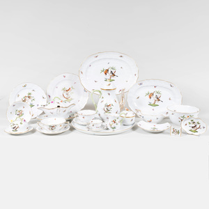 Herend Porcelain Part Service in the 'Rothschild Bird' Pattern