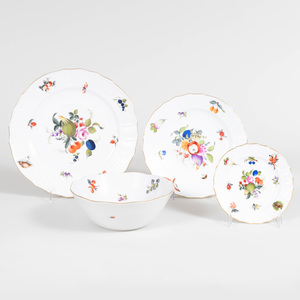 Assembled Herend Porcelain Part Service in the 'Fruits and Flowers' and 'Market Garden' Patterns