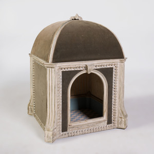 Louis XVI Style Grey Painted Dog Bed
