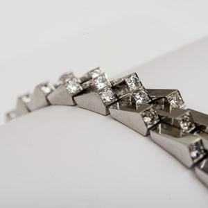 Art Deco 18k White Gold and Diamond Escalator Bracelet, in the Style of Boucheron
