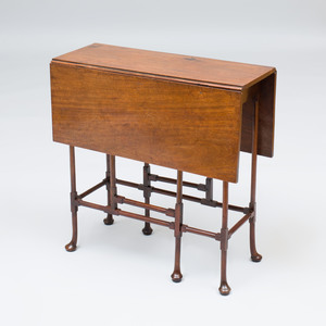 George III Mahogany 'Spider' Gateleg Table