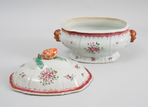 Chinese Export Porcelain Famille Rose Tureen and Cover