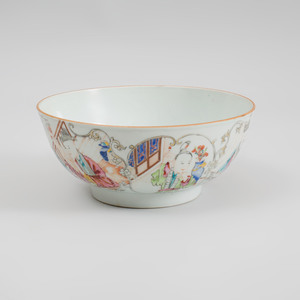Chinese Export Porcelain Famille Rose Footed Bowl