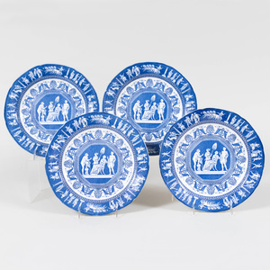 Set of Eight Mottahedeh Transfer Printed Porcelain Dinner Plates in the 'Greek Revival' Pattern