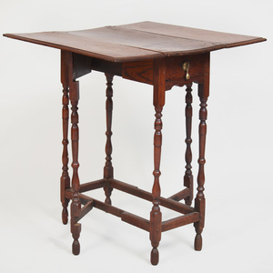 William and Mary Style Oak Petite Gateleg Table