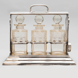 Edwardian Walker & Hall Silver Plate 'Holdfast' Three Bottle Tantalus