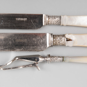 Set of Duhme & Co. Mother-of-Pearl Handle Knives