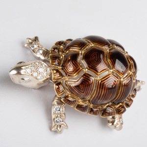 Italian 18k White and Yellow  Gold, Enamel and Diamond Turtle Pin