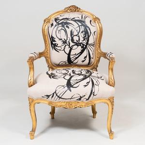 Louis XV Style Giltwood Fauteuil en Cabriolet