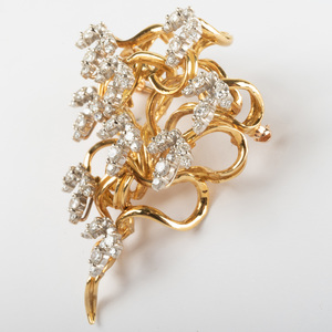 18k Gold and Diamond Brooch