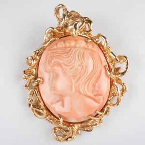14k Gold and Carved Coral Cameo Pendant/Brooch