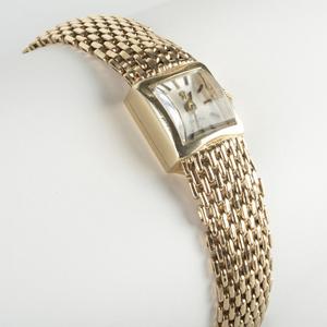 Ladies Omega 14k Gold Mesh Wristwatch