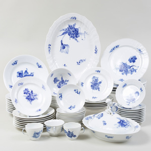 Royal Copenhagen Porcelain Part Service, in Variants of the 'Blue Flower' Pattern