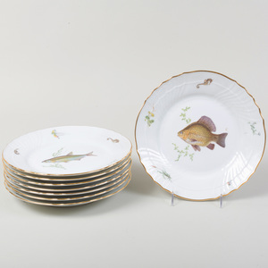 Set of Eight Ginori Porcelain Plates, in the 'Quenelle' Pattern