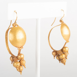 Pair of Roman 22k Gold Earrings