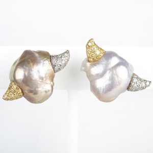 Nicholas Varney Baroque Pearl Earclips
