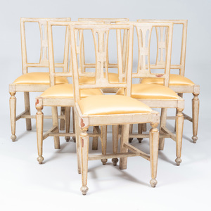 Set of Six Northern European Grey Painted and Parcel Gilt Dinning Chairs, Possibly Swedish