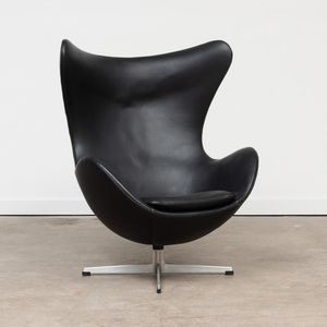 Arne Jacobsen Aluminum and Leather 'Egg' Chair