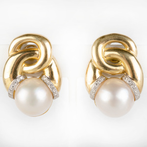Pair of 18k Gold, Diamond and Mobe Pearl Earclips