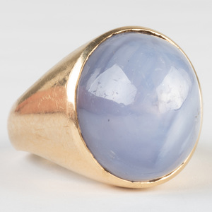 14k Gold and Star Sapphire Ring