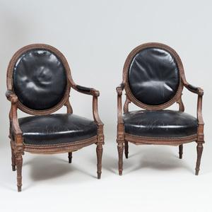 Pair of Louis XVI Style Beechwood Fauteuils à la Reine