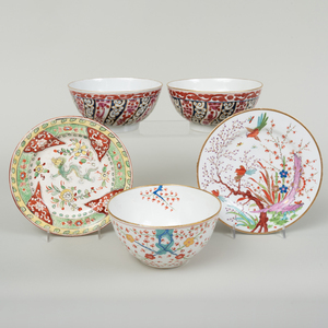 Group of English Porcelain Decorated in Red and Blue Patterns