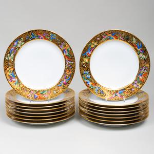 Set of Sixteen Le Tallec Paris Gilt-Ground Porcelain Dinner Plates