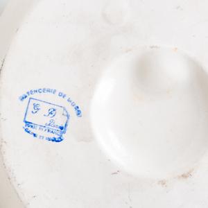 Luneville-Keller & Guerin Glazed Pottery Trompe L'Oeil Desk Ornament and a French Porcelain Trompe L'Oeil Fried Egg in a Dish