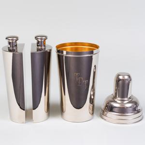 Large Deutsches Reichsgebrauchsmuster Silver Plate Cocktail Shaker